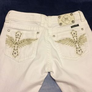 Miss Me White Jeans size 30 beautiful!